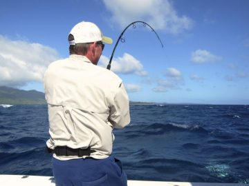 Brett Lee enjoys Ocean Blue Fishing