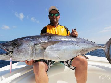 always time for a selfie when landing such trophy as the Vanuatu dogtooth tuna