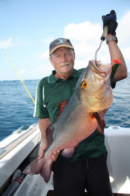 Halco Haymaker Red Bass Popping Lagoon
