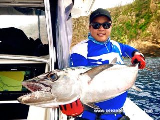 huge dogtooth tuna caught in vanuatu