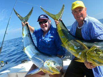 angler-fishing-charters